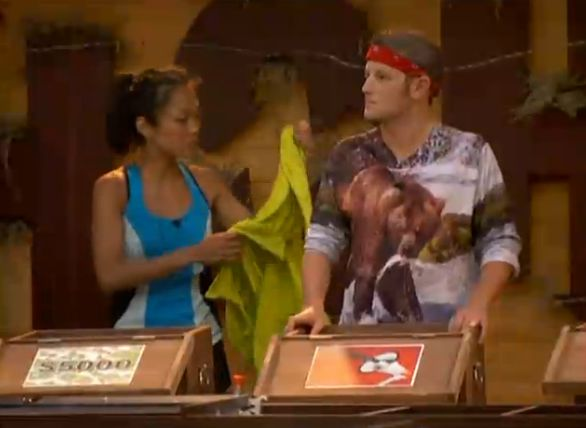 Big Brother 15 HoH comp Helen and Judd
