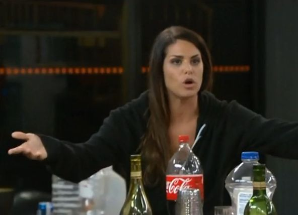 Big Brother 15 – Amanda and Candice fight 03