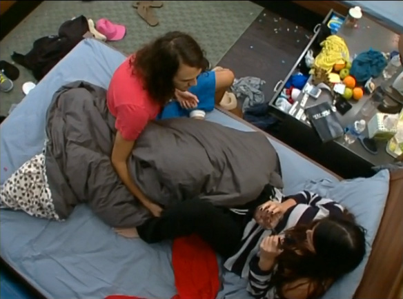 BB15-Live-Feeds-0902-3