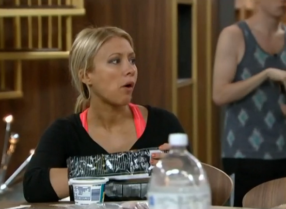 BB15-Live-Feeds-0905-5