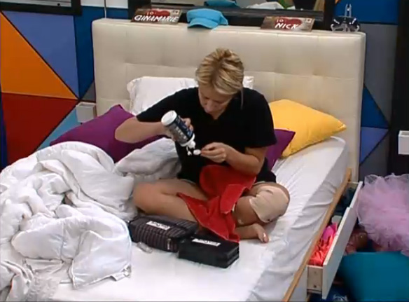 BB15-Live-Feeds-0908-4