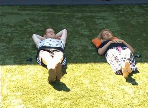 BB15-Live-Feeds-0917-6