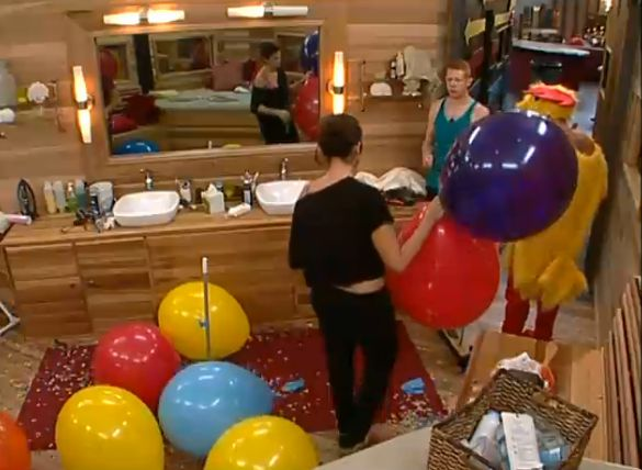 HGs found giant balloons