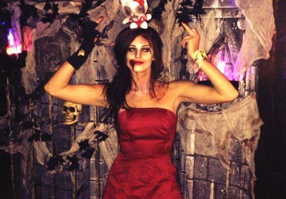 Kaitlin Barnaby – Halloween 02