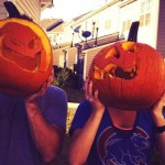 Jeff and Jordan carving pumpkins