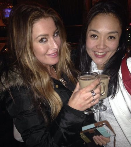 Elissa & Helen have a drink