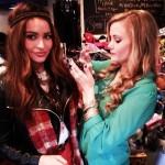 Elissa and Kara get ready for their closeup