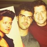 Alec, Judd, & um Bruno Mars