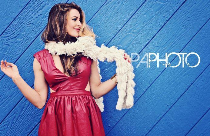 Elissa poses 02 – Philip Alan Photography