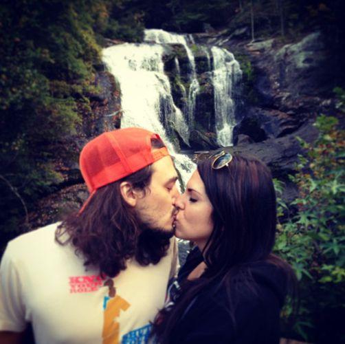 McCrae & Amanda kiss