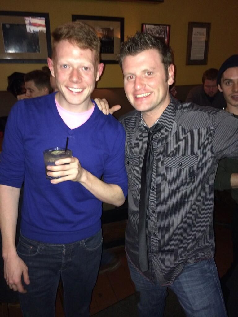 Judd and Andy grab a drink