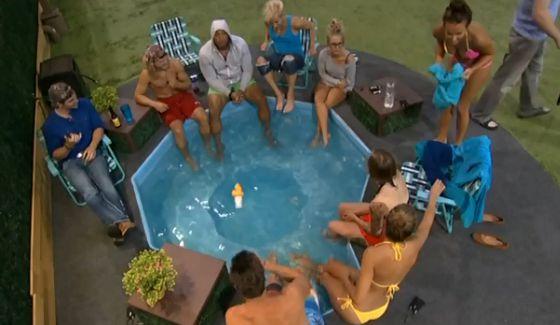 Big Brother 16 HGs enjoy the hot tub