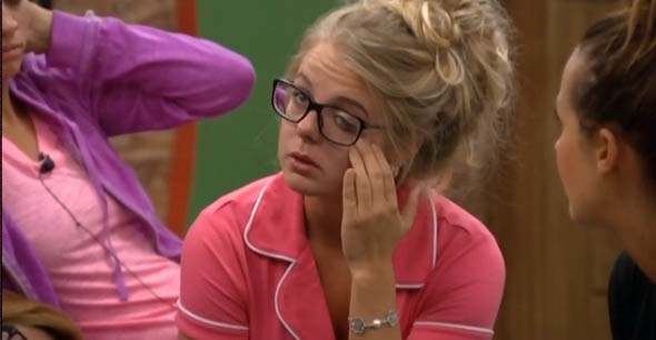 BB16-0630-Nicole-crying