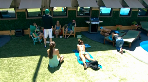 BB16-0716-backyard