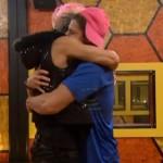 BB16-0724-Frankie-Zach-HOH-Hug