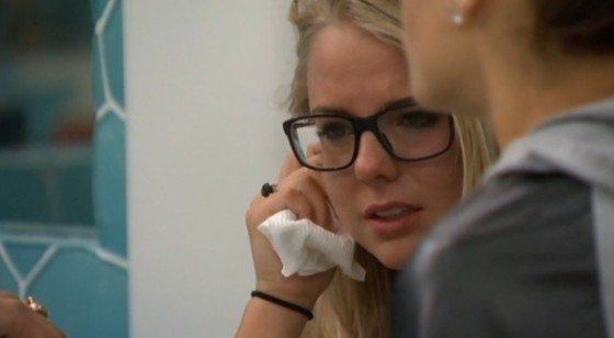 BB16-0725-Nicole-crying