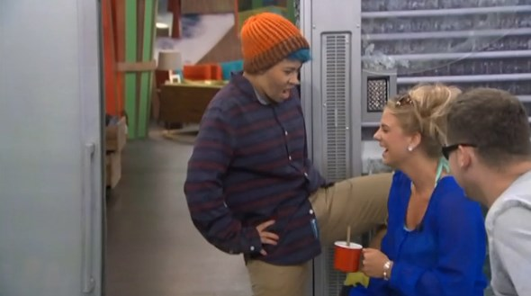 bb16-20140701-1602-joey-alex-02