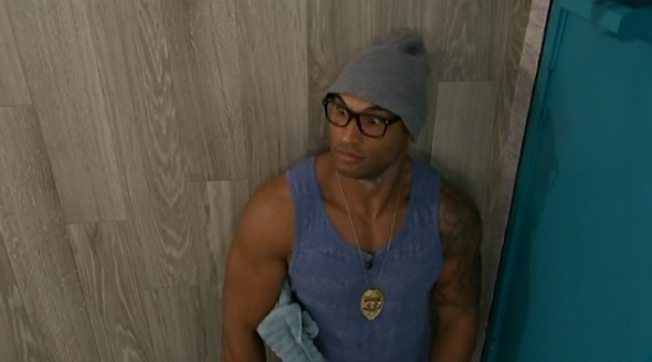 bb16-20140701-1602-joey-alex-16