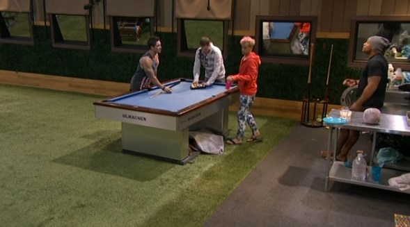 bb16-20140705-0309-pool-table