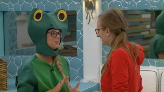 Nicole & Christine plan some chaos on Big Brother 16