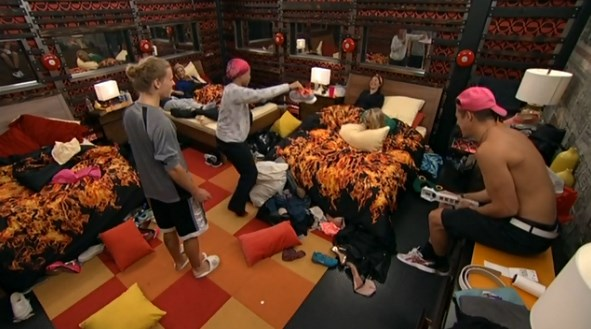bb16-20140715-0103-jocasta-shoe-room