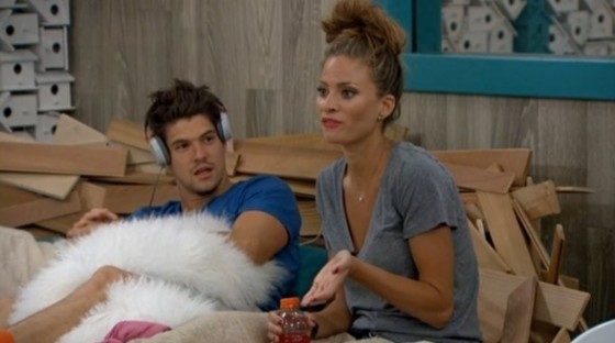 Zach talks with Amber on Big Brother 16