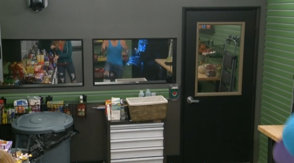 BB16-0813-zombies