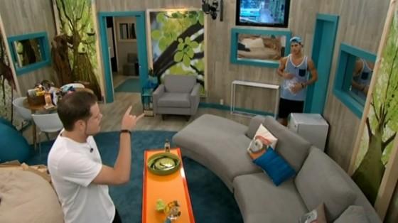 Derrick warns Cody on Big Brother 16