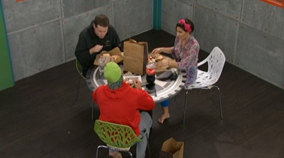 BB16-0923-HGs-lunch