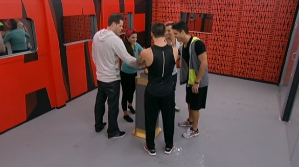 bb16-20140904-2224-button-pushed