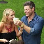 Jeff Schroeder proposes to his girlfriend Jordan Lloyd