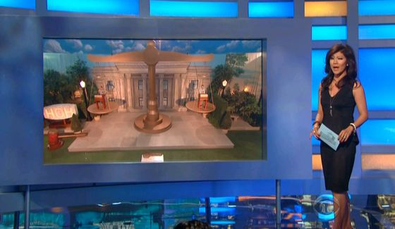 Julie Chen hosts Round 3 of the Final HoH
