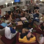 Big Brother 2 HGs in the living room