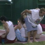 Mike Boogie moons the HGs