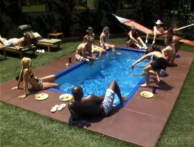 Big Brother 5 HGs by the pool