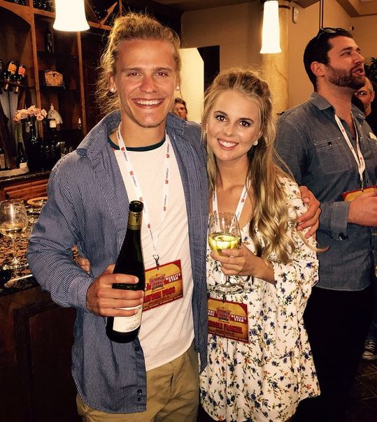 hayden and nicole still dating Case-in-point: it seems nicole franzel and hayden voss are  up and were  just friends at this point, or if they were, in fact, still together.