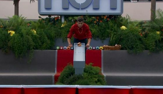 Jason Roy competes for HoH on Big Brother