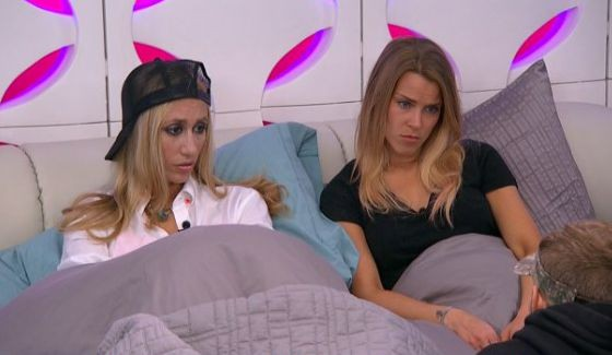 Vanessa & Shelli debate the vote with Clay