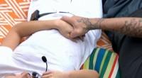 Austin holds Liz's hand on Big Brother 17