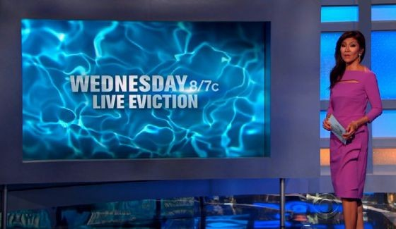 Julie Chen hosts Big Brother 17 live eviction