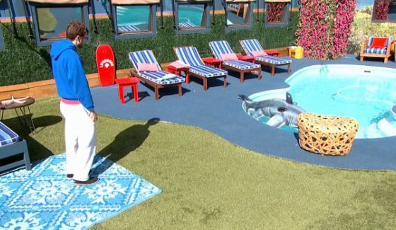 Steve Moses says goodbye to the BB17 backyard