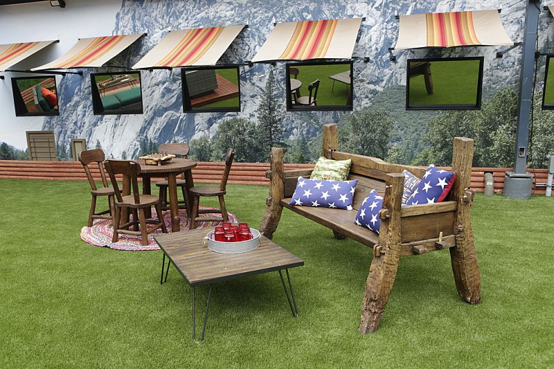Big Brother 18 backyard sitting area