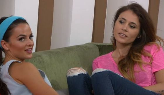 Natalie and Tiffany get ready on Big Brother 18