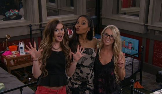 Michelle, Zakiyah, & Nicole dressed up on BB18