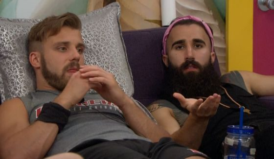 Paulie and Paul discuss noms