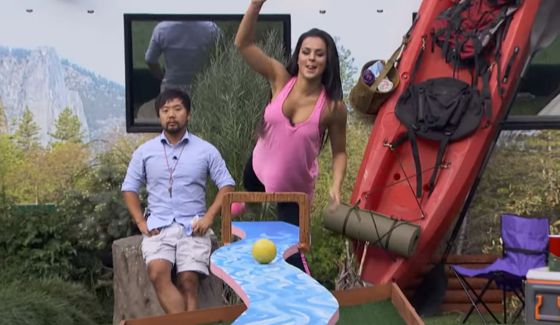 Natalie competes for HoH on BB18