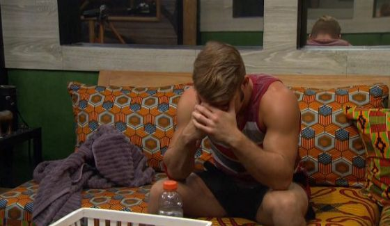 Paulie hangs his head on Big Brother 18