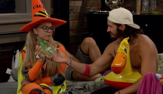 Nicole & Victor together on BB18