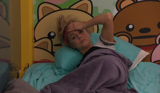 Nicole Franzel stressing on Big Brother 18