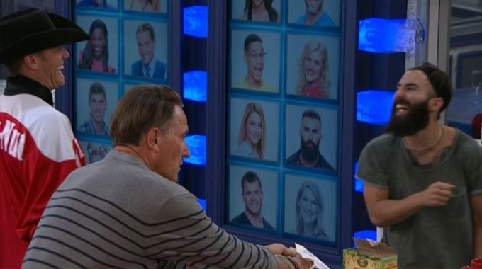 Megan Lowder quit Big Brother 19